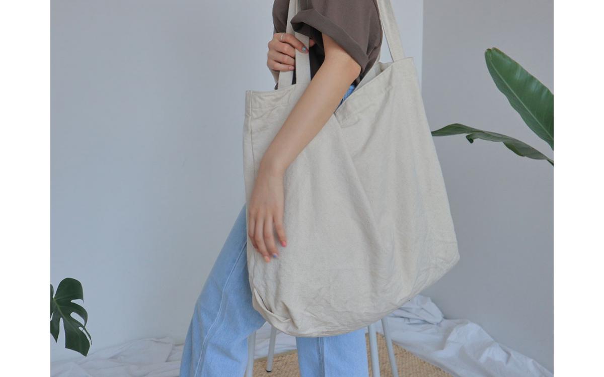 Tại sao bạn nên đặt may gia công túi vải để sử dụng?